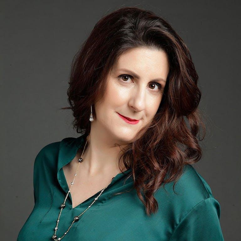 Tracy balachandran portrait